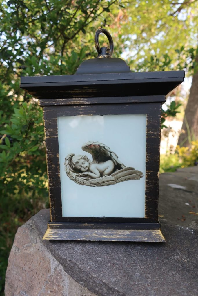 solarny kahanec na hrob